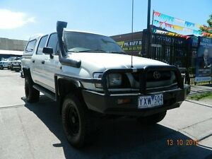 2002 Toyota Hilux RZN169R MY02 White 5 Speed Manual Dual Cab Williamstown North Hobsons Bay Area Preview