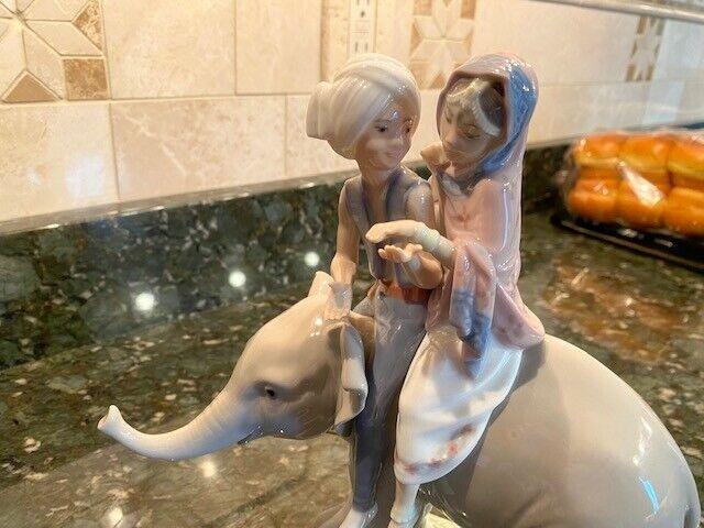 "lladro figurine: ""Hindu Children"" #5352 Good Condition, Used, No Box"