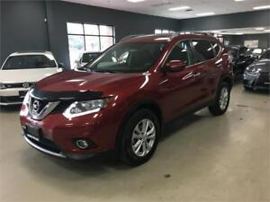 2015 Nissan Rogue SV**PANO ROOF**BACK UP CAMERA**HEATED SEATS**