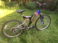 MOUNTAIN BIKE WITH DUAL SUSPENSION