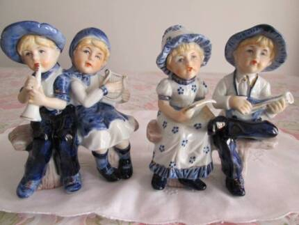 Vintage Pair Of Ceramic Figurines. Girls & Boys On Bench Seat. Morayfield Caboolture Area Preview