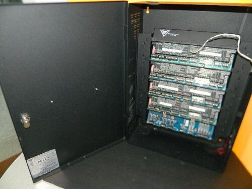 DSX DSX-1040 SERIES DOOR CONTROL PANEL 1042 DOOR CONTROLLERS 8 DOORS