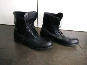 Bottes Guess neuves - Boots - Taille 13