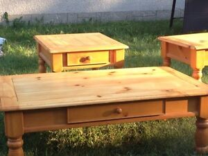 Gorgeous Natural Pine Coffee Table Set