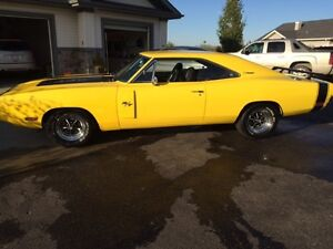 1970 DODGE CHARGER REAL R/T MINT CONDITION