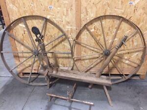 Antique Spinning Wheel! MUST GO