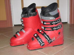 botte ski alpin salomom rouge 5 1/2 US 24 mondpoint junior