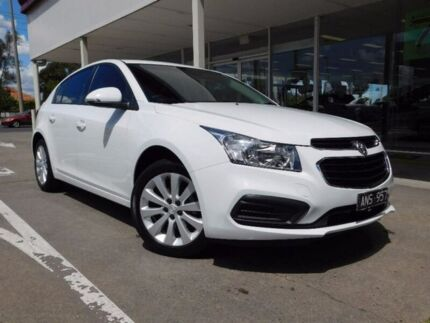 2016 Holden Cruze JH Series II MY16 Equipe White 6 Speed Sports Automatic Hatchback Fawkner Moreland Area Preview