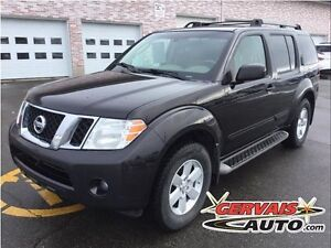 Nissan Pathfinder S V6 4x4 A/C MAGS 6 Passagers 2011
