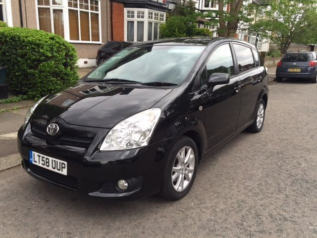2008 toyota corolla verso 1 8 automatic black in redbridge london gumtree. Black Bedroom Furniture Sets. Home Design Ideas