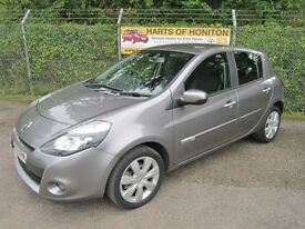 Renault Clio 1.5 Privilege Tom Tom DCi 86 Turbo Diesel 5DR (oyster grey) 2010