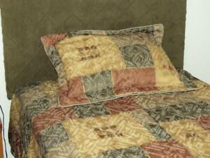 Twin Duvet set and curtains