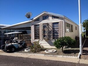 Park Model in Mesa, AZ, for sale (Viewpoint RV/Golf Resort)