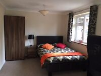 A very large spacious double room, Bracknell,