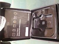 blackberry bold 9700 smartphone box/ accessories