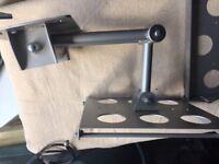Tv tilt and swivel/extend wall bracket