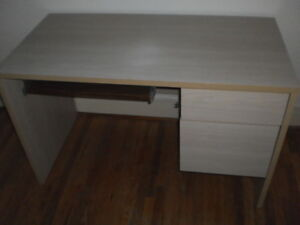 DESK - Bleached Oak Finish In Good Condition