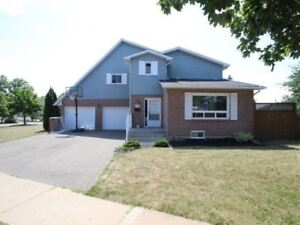 2 Storey End Unit Freehold Townhouse In West St. Catharines!