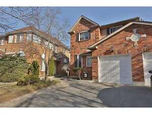Very Spacious End-Unit Freehold Townhouse Comes With 4 Bedrooms.
