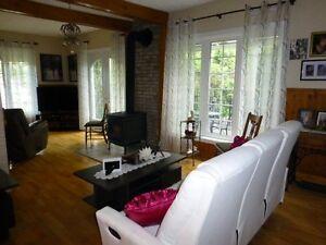 Belle maison d'autrefois avec revenu Saguenay Saguenay-Lac-Saint-Jean image 7