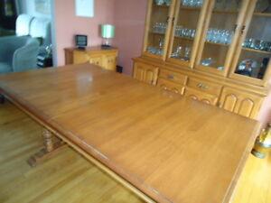 Table de salle à diner