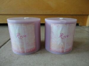 Set of 2 rose scented candles jumbo candles brand new London Ontario image 1