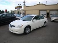 Nissan Altima 2010 usage a vendre a laval Automatique-Air-Elect