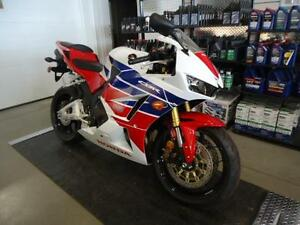 HONDA CBR 600 RR USE West Island Greater Montréal image 2