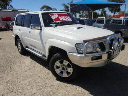 2011 Nissan Patrol White Manual Wagon
