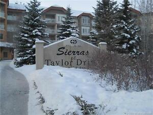 BEAUTIFUL CONDO IN SIERRA'S OF TAYLOR!