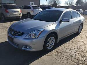 2010 Nissan Altima 2.5 SL LEATHER SUNROOF ONLY 128KM