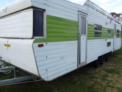 #0005 Viscount 30' family van Suit a handy man St Clair Penrith Area Preview