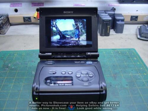 SONY GV-S50 Hi8 Stereo Video Walkman Player/ Recorder - 90 Days Warranty