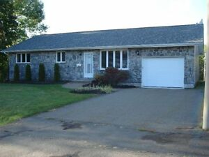 Large Bungalow in Dieppe with Large Private Backyard