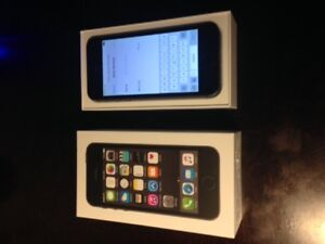 Perfect condition iPhone 5S 16GB Space Grey