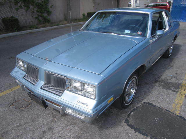 Image 1 of Oldsmobile: Cutlass…
