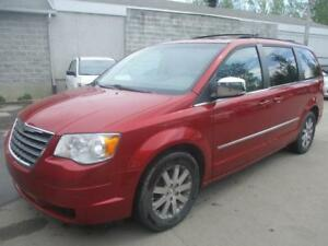 2009 Chrysler Town & Country ( STO N GO - PROPRE )