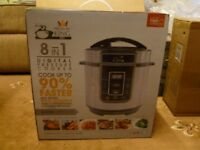 New Pressure King Pro 8-in-1 Electric Pressure Cooker, 3 litre, 700 W