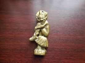 VINTAGE DOOR KNOCKER BRASS IMP ? / PIXIE