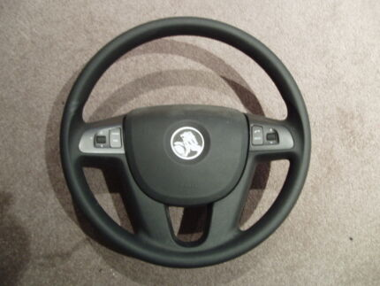 VE Commodore airbag and steering wheel Burswood Victoria Park Area Preview