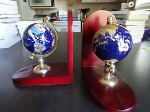 Globe Bookends Kitchener / Waterloo Kitchener Area image 3