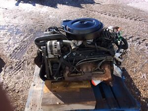 Complete 350 GM engine & transmision