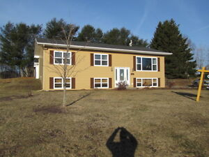 Lovely 3 Bedroom Raised Ranch, 830 Julia Court, Shediac