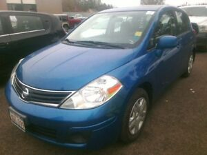 2012 Nissan Versa 1.8 SL LOW Kilometers! Great price!