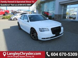 2017 Chrysler 300 S <B>*8.4TOUCHSCREEN MEDIA*Apple CarPlay*Go...