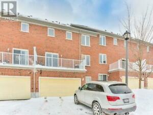 Renovated 3 Story TH 3+1 Br 4Wr Hwy7/407/404 88 Leitchcroft Cres