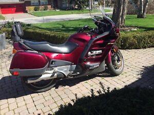 2001 Honda  ST1100 Touring/Sport Motorcycle
