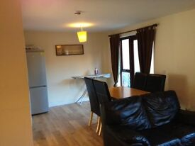 SINGLE ROOM IN BROUGHTON