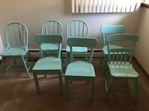 Shabby Chic Retro Vintage Chairs