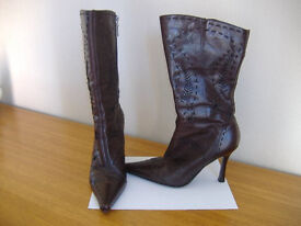 LADIES RIVER ISLAND BROWN LEATHER BOOTS-SIZE UK 6
